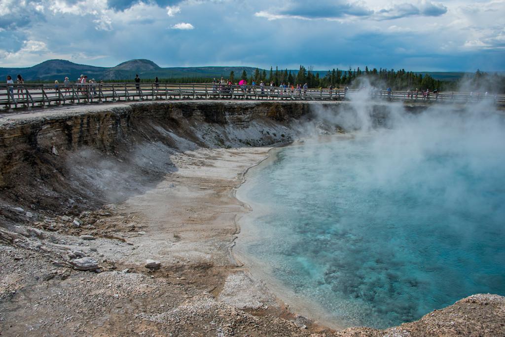 180360_Yellowstone_ExcelsiorGeyser2