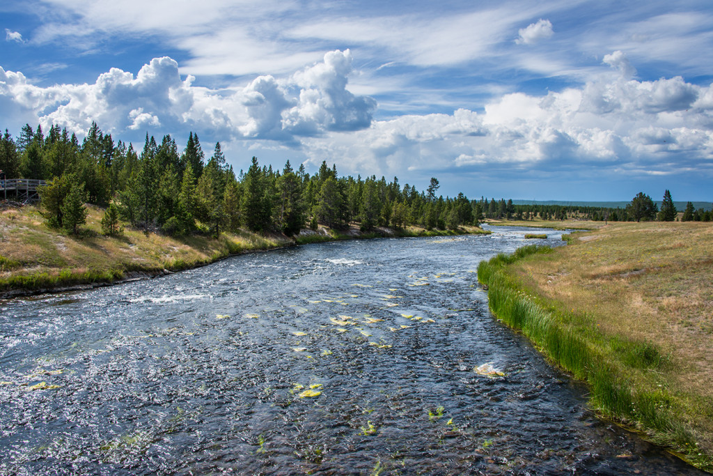 180360_Yellowstone_FireholeRiver
