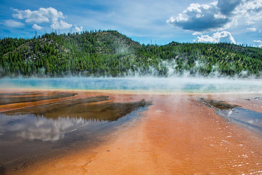 180360_Yellowstone_GrandPrismatic1