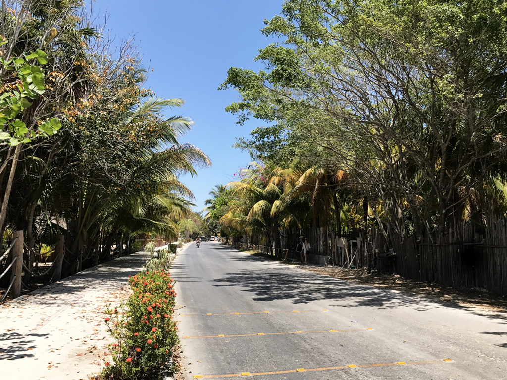 tulum beach road south