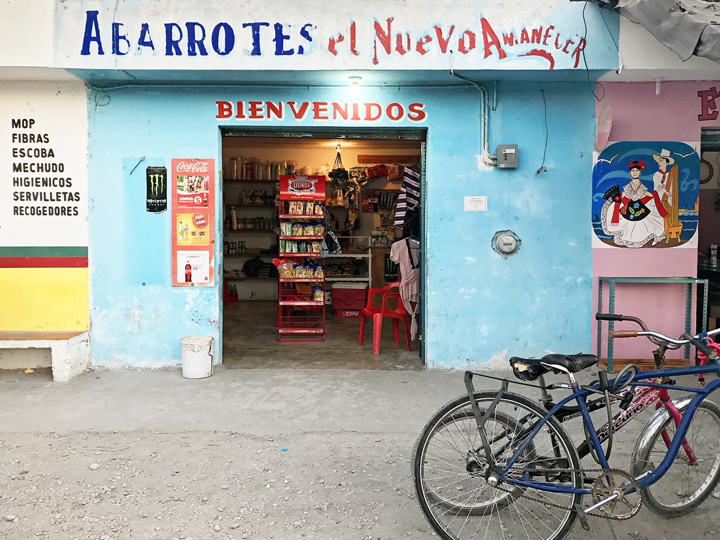 Abarrotes Tulum Town